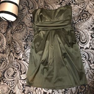 Strapless army green cocktail dress with pockets